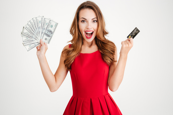 Build Your Credit & Get 5% Cash Back at Amazon