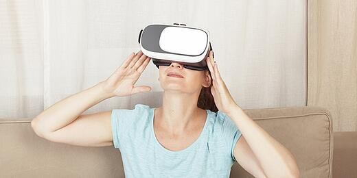 VR Email Header
